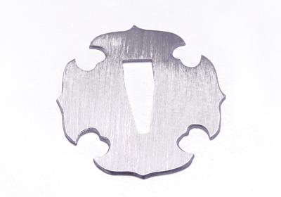 加工後 日本刀のつば   厚ロジウムメッキ・コーティング加工